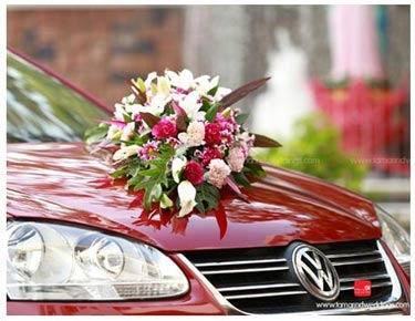 Car decor wedding car decor car decor ideas fashions in designing car decor accessories for the wedding car decor can include minor to major flower arrangements to ribbon work to other artificial junglespirit Choice Image